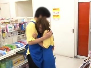 Mesmerizing nipponese bimbo gets her tiny poontang screwed