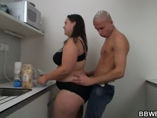 Cooking BBW enjoys riding his meat
