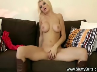 Young babe bumps in olds man cock as she cant get enough