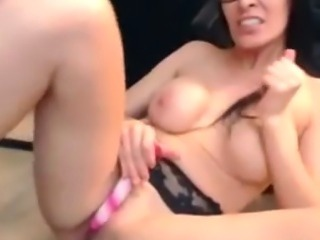 Stunning Brunette Webcam Girl Hot Show
