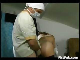 Mature fatty gets her cunt ed