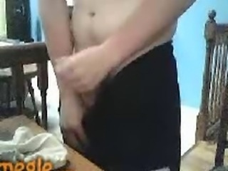 20 yr old uk boy sprays his stephmoms panties on Omegle