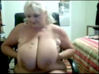 Mature Big Boobed SSBBW dildoes on cam