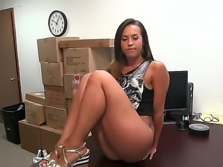 Beautiful and hot slut Kelsi Monroe shows her shaved pussy and delicious ass