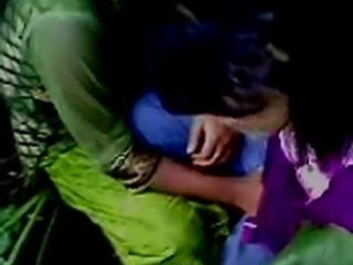amateur indian girls kiss