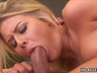 Desirable blonde floozy Riley Evans gulps down her man's big veiny dong...