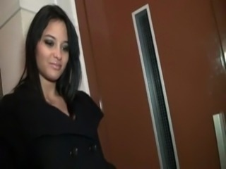 Jessica the slut gets fucked by a group of guys free