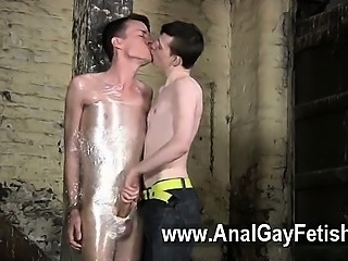 Gay XXX Boys like Matt Madison know slew of ways to secure and restrain a