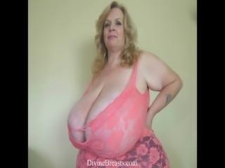 Lactating BBW Big Tits with Milk free