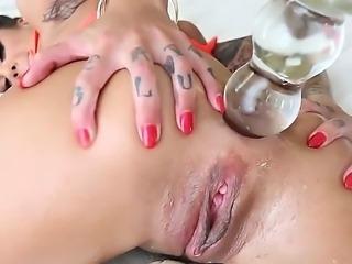 Nasty tattooed bitch Bonnie Rotten is spending time with Jonni Darkko. Jonni...