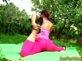 flexi Teen Kamasutra in nature