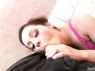 Senora Francesca Le and horny guy enjoy sex too much to stop