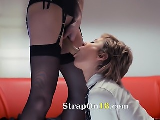 Neverending strap-on lezzs action