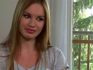 Amazing and beautiful babe Diamond Cross is giving an interview about her...
