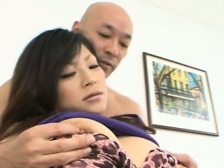 Babe is nailed by bandit