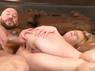 Will Powers stuffs his rod in fuck crazed Aria Austins mouth after she gets...