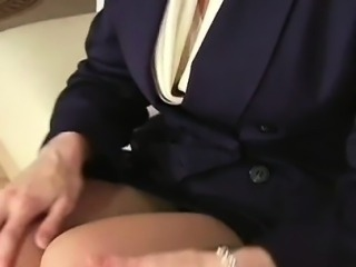Unshaved gash in taut pantyhose