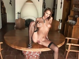 Dorothy Green with massive boobs and smooth cunt has some time to play with...