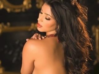 Kim Kardashian NUDE! (MUST SEE! http://goo.gl/PCtHtN) free
