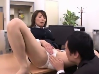 Raw office sex with a nasty mature