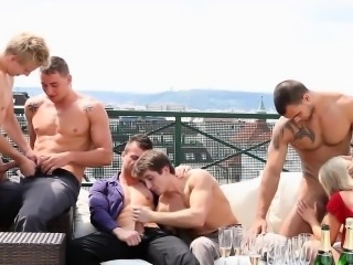 Bi dude sucks hard dicks outdoors