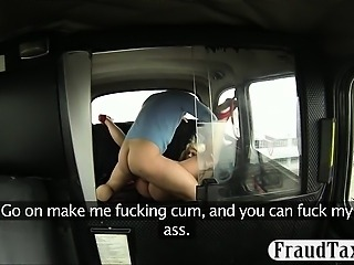 Kinky huge boobs blonde customer asshole fucked in the cab