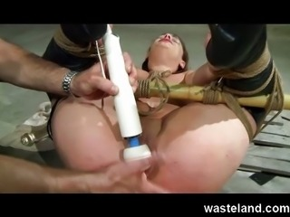 Wasteland Original BDSM - All that sparkles