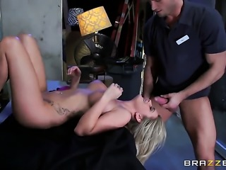 Bill Bailey buries his throbbing cock in lovely Chloe Addisons love tunnel