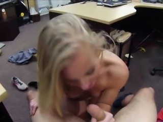 Skinny blonde bimbo sells her car and fucked by pawnkeeper