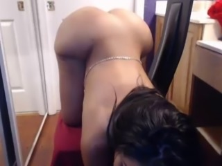 Phat Ass Latina Twerks