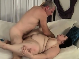 BBW Alexxxia Allure Measures up a Cock