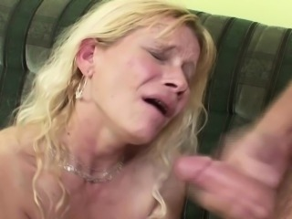 Step-Son Seduce His Step-Mother to Fuck when Dad away