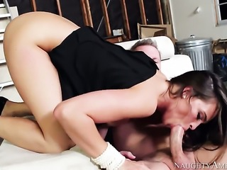 MILF in high heels Teal Conrad gets a fuck