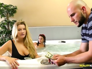 Blonde gives a closeup of her love tunnel while masturbating with toy