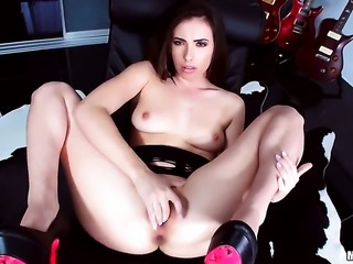Casey Calvert is ready to play with her snatch 24/7