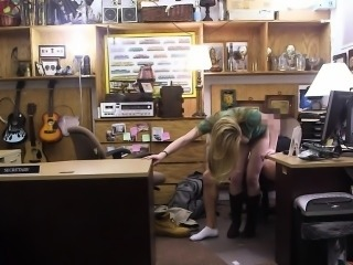 Amateur chick banged by shocking fucker