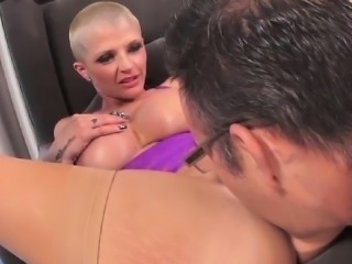 Joslyn James Doubles Her Pleasure the Two Cocks of Tommy