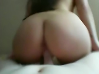 Perfect ass home fuck