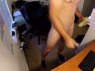 Teens Big Cok Squirts on Desk