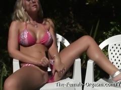 Karlie Simon is enjoying the sunshine in her bikini and feeling quite frisky...