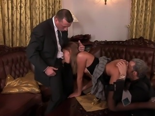Lauryn was never banged by more than one guy until now!