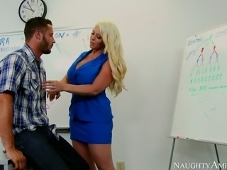 Mega busty blond sex bomb Alura Jenson pleases hungry Danny Mountain with...