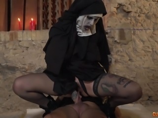Nun with a horrifying face wants to aggressively ride the schlong