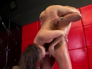 Kinky Annie Cruz blows huge cock and also gets a mouthful