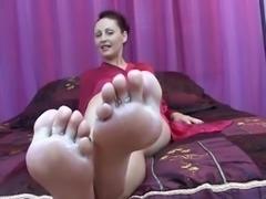 cuck Feet cleaner
