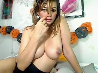MILF With Huge Suckable Nipple - Webcam