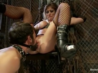 Busty blond mistress Felony is painsulting her new slave