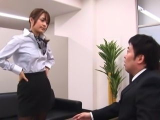 Scream as Asian dame juicy pussy gets blasted hardcore in office