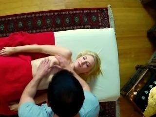 Duped babe massaged spunk