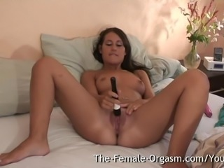 Shy Teen Masturbates Fanny to Multiple Pulsing Orgasms